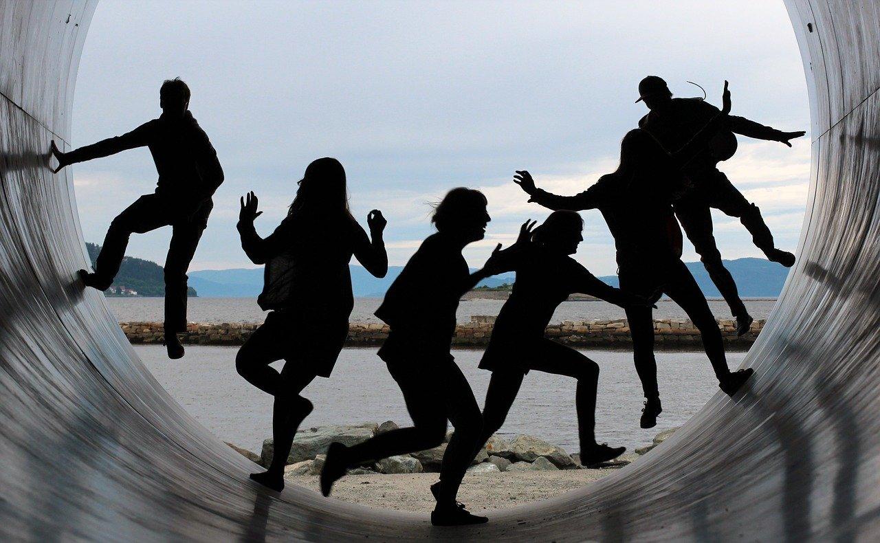 danse Un pas en avant Deux pas en arrière